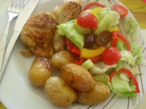 Allergy Free Lightly Spiced Chicken with summer salad