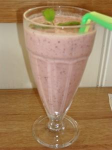 Allergy free strawberry and blueberry milkshake